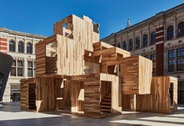 La instalación comprende una serie de habitaciones en forma de cubo