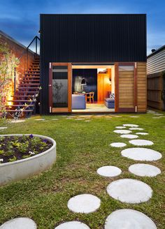 casa prefabricada jardín