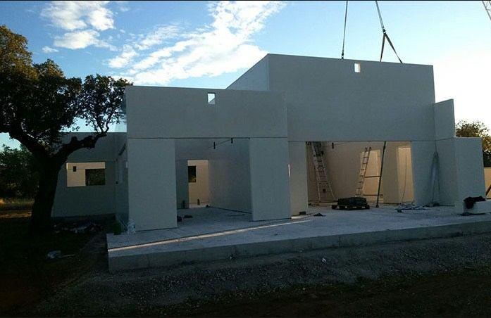 Componentes prefabricados de hormigón para viviendas modulares