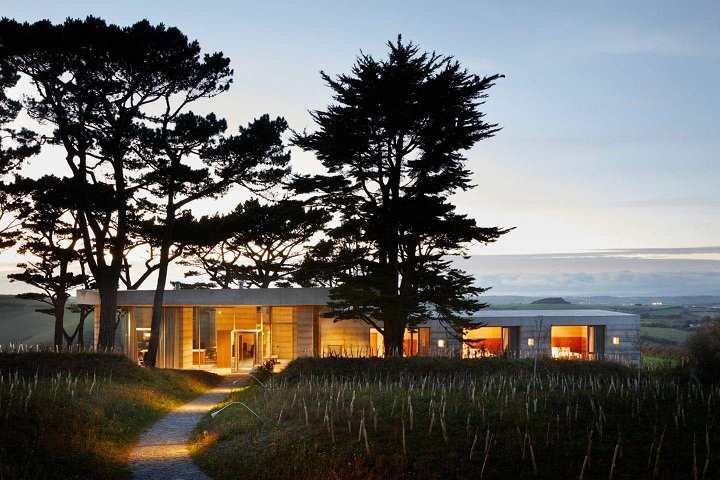 proyecto del filósofo suizo Alain de Botton conocido como Living Architecture